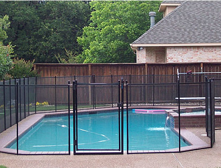 Pool Safety Fence Installation In Dfw Red River Fence Dallas